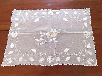 """Antique Vintage WHITE NET LACE & SILK? HAND EMBROIDERED LARGE DOILEY 16"""" X 22"""""""