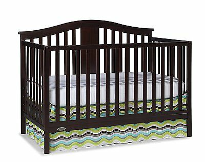 Baby Infant Toddler Graco Solano 4-in-1 Convertible Crib and Bonus Mattress,.