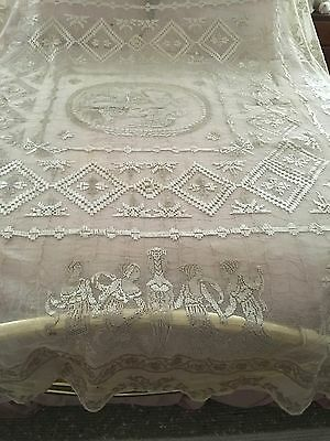 Stunning Antique Italian Figural Net Lace Bedspread Cover