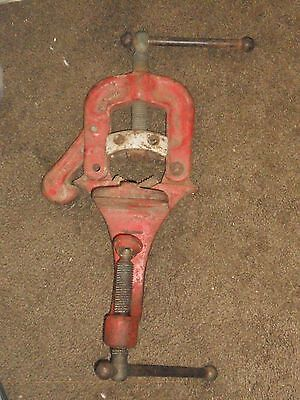 Ridgid No. 38 1/8 to 2 Bench Mount Pipe Vice - Used