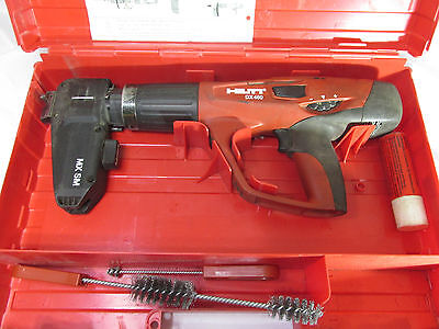 Hilti DX 460 Powder Actuated Nail Gun With X-460-F8SS Guide