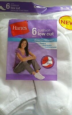 Womens size 5-9 white low cut socks (6)pairs. new by Hanes