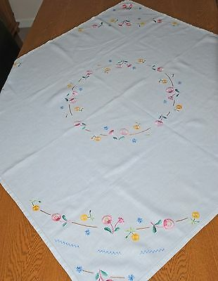 Pretty Vintage Hand Embroidered Linen Tablecloth