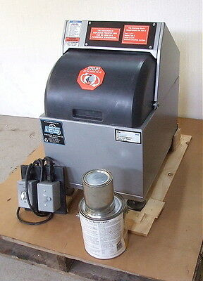 Remanufactured Fluid Management VR-1 OX Explosion Proof Paint Shaker w Warranty