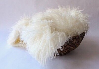 """Faux fur 18""""x20"""" Curly Ivory Newborn photo prop Blanket photography's"""