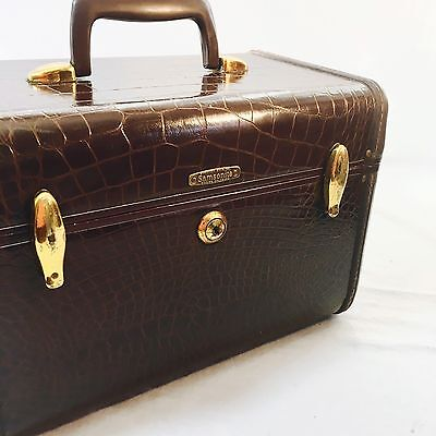 Vintage Samsonite Train Cosmetic Case 50s MCM Embossed Faux Alligator Luggage
