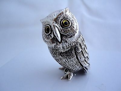 Miniature solid silver owl figure, fantastic textured markings, all solid silver