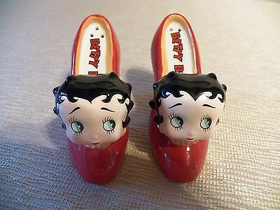 Betty Boop Ceramic Red High Heel Salt and Pepper Shakers