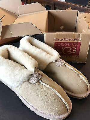 Vintage New In Box UGG Mate Men's Slippers. Size 11.