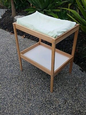 Ikea Change and Bath Table very good condition