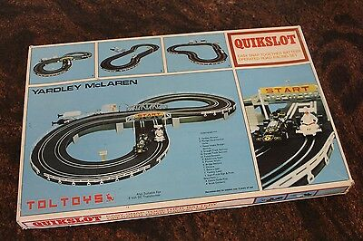 Vintage QUIKSLOT Slot Car Racing Set Battery Operated by TOLTOYS VERY RARE
