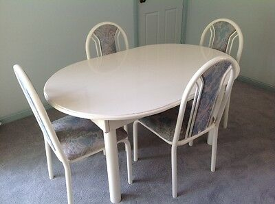 Dining Table and 6 matching dining chairs