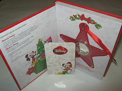 Niue 2014 Disney Christmas Season's Greetings 1/2 oz Silver Coin Ornament
