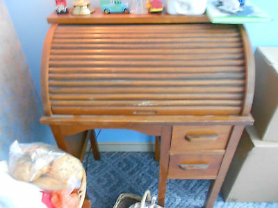 antique child's roll top desk with chair