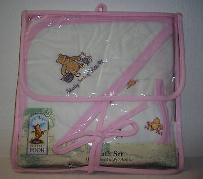 CLASSIC WINNIE THE POOH Baby Girl Pink White HOODED BATH TOWEL WASHCLOTH SET NEW