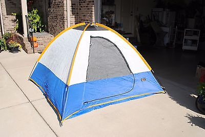 Vertical Ascent made by Wenzel Ridgeline Dome Tent 3 Person 7u0027 x 7u0027 x & VERTICAL ASCENT made by Wenzel Ridgeline Dome Tent 3 Person 7u0027 x 7 ...