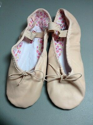 Capezio Daisy Full Sole 6N Leather Ballet Shoes pink adult