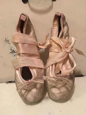 Bloch Pointe Shoes Pink 4 1/2 = US Women's 6 1/2