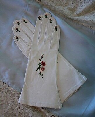 Ladies Vintage Leather Hand Gloves Point de Beauvais Embroidery NOS