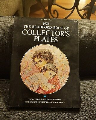 1976 The Bradford Book of Collectors Plates Paperback Book