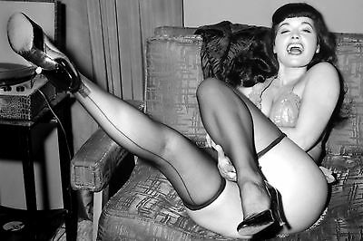 Bettie Page 1950's_ New 7 X 5 Pin-Up Photo-Print.