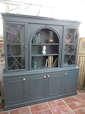 Stylish Vintage Painted Bookcase Shelving Library Look Display Cabinet