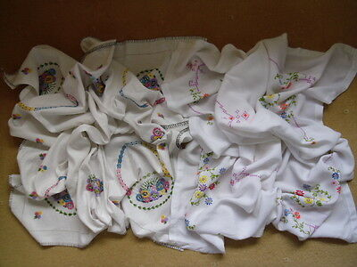 2 Vintage Linen Table Cloths. Embroidery. White.