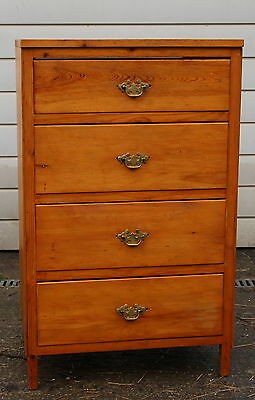 An Antique Pine Four High Chest of Graduated Drawers