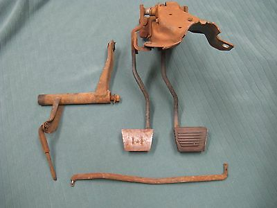 1964 1965 1966 64 65 Chevelle GTO Gran Sport 442 4 four speed clutch brake pedal