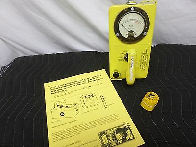 Victoreen Cdv-720  Model 3  Radiological Survey Meter  Civil Defense (2642)