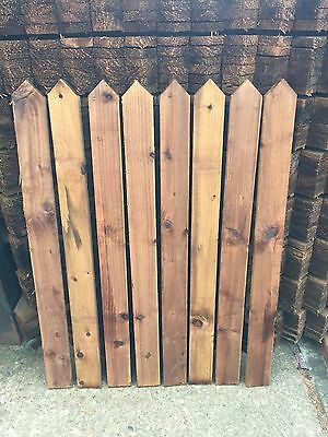 Wood Pales 4ft 1.2m High - Round Top & Pointed Top Picket Garden Fence Panels