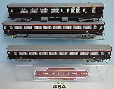 Hornby 'oo' Gauge Rake Of 3 Royal Train Coaches From A R4197 Coach Pack