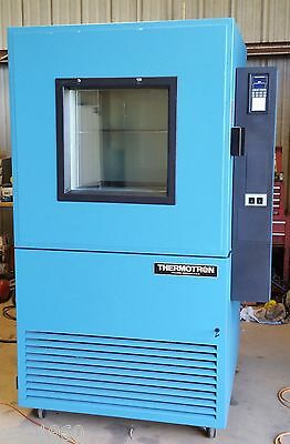 Thermotron SM-16 Temperature/Humidity Environmental Test Chamber
