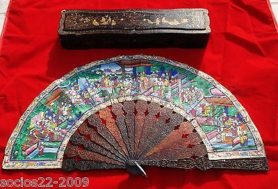 Antique Chinese hand fan Hand Carved  XVIII  th in Original Box 1000 faces