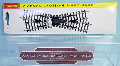 Hornby 'oo' Gauge R615 Right Hand Diamond Crossing Point *new & Boxed*
