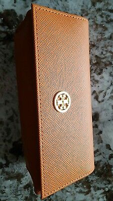 tory burch sunglass case with microfiber bag