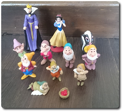 Original Disney Princess Bundle figures Snow White Dwarfs Queen