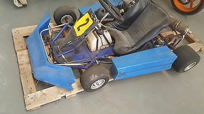 GO KART OR PARTS for parts wrecking