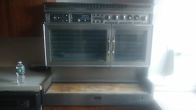 Vintage Retro Tappan Fabulous 400 pull-out gas range double oven Works