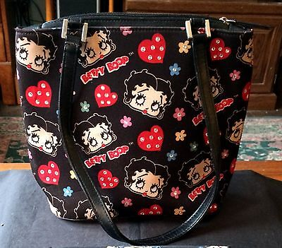 Adorable Betty Boop Pocketbook Hearts, Flowers & Rhinestones King Feautures 2005