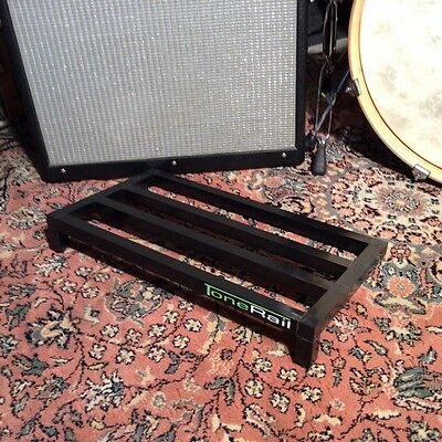 "Custom Shop LARGE  ""Tone Rail"" Guitar Effects Pedal Board in Op-shop Carry Bag"