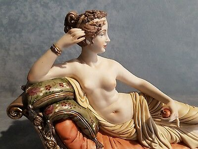 Porcellana Capodimonte. Paolina Borghese Museum Collection. RARO