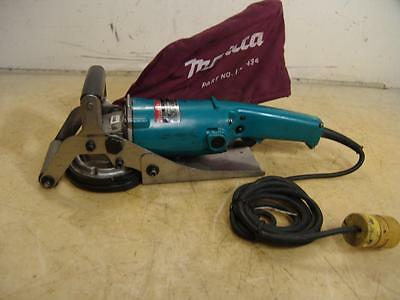 Makita Concrete Planer Pc1100 With Dust Bag