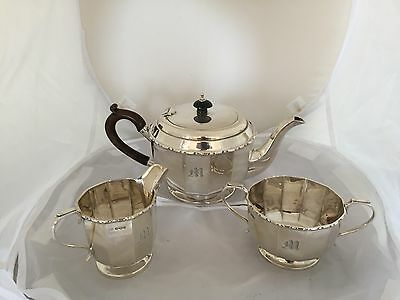 "BEAUTIFUL 3 PIECE SOLID SILVER TEA SERVICE  (SHEFFIELD 1931) 1022g ""G WINTLE"""