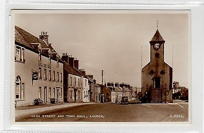 HIGH STREET AND TOWN HALL, LAUDER: Berwickshire postcard (C27104)