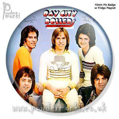 "BAY CITY ROLLERS ""ROLLIN'"" ~ Pin Badge OR Fridge Magnet [45mm] Retro Music"