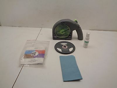 Digital Innovations Skip Dr. CD & DVD Repair Scratched Discs Device