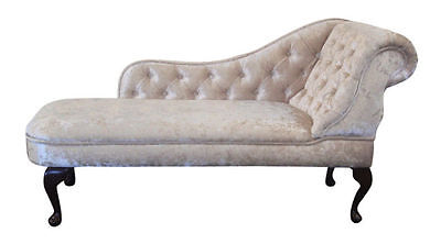 Chaise Longue in a light beige Crushed Velvet fabric NEW