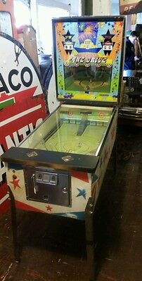 Rare 1972 Williams Line Drive Pinball Machine Arcade