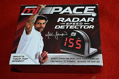 Mitchell Johnson Pace Cricket Bowling Radar Speed Detector Brand New In Box